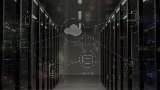 Migrating business of banking client to the public cloud
