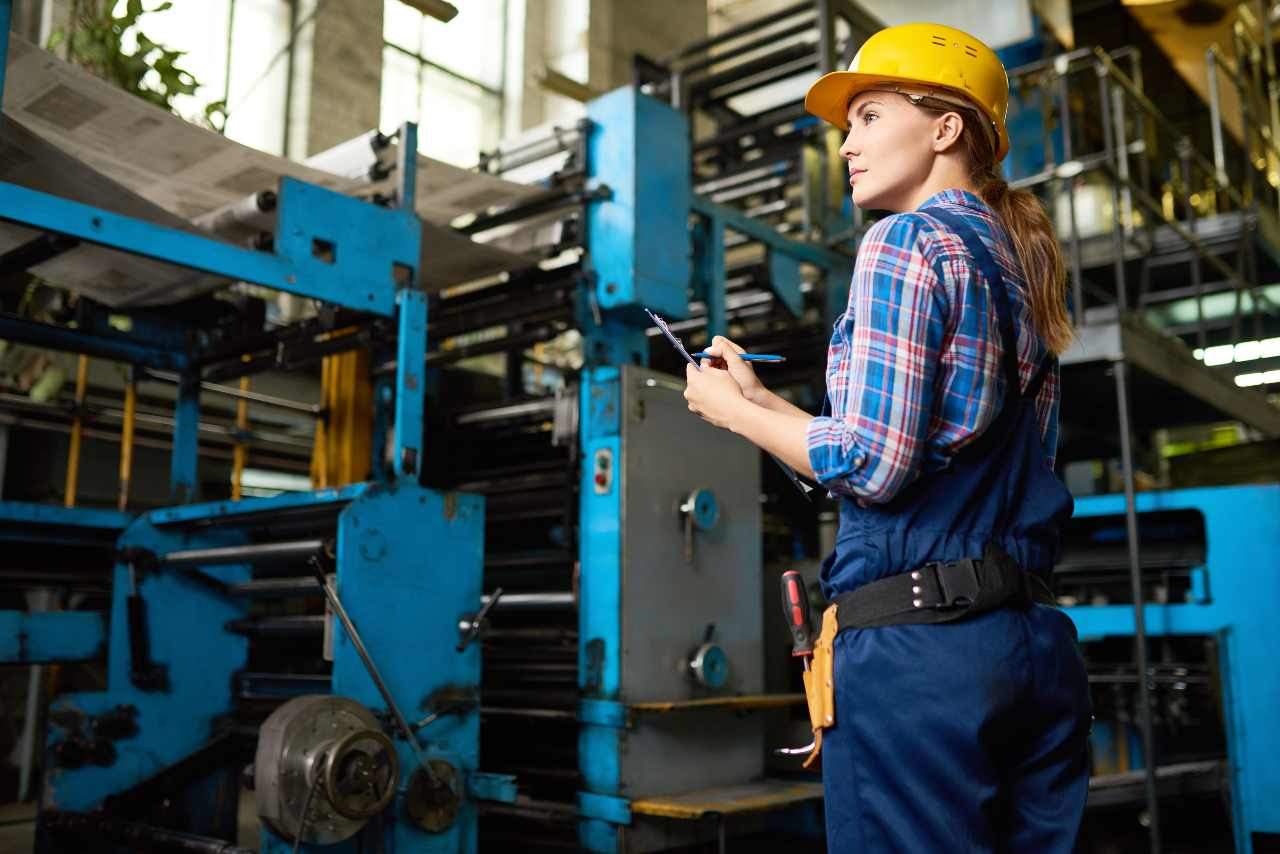 Artificial intelligence and machine learning in manufacturing