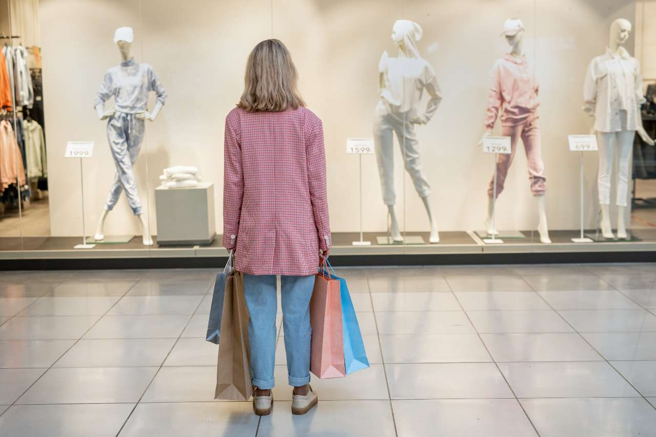 Big data analytics in the retail industry intone